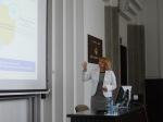 Anna Trzecińska w trakcie wykładu gościnnego w SGH